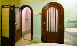 Buồng tắm Phòng VIP Ai Cập dịch vụ massage khách sạn Phú Thọ quận 11
